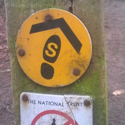 sandstone-trail-way-sign